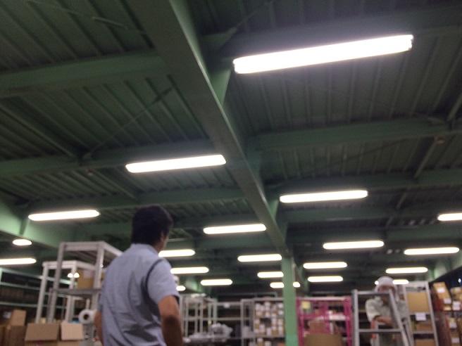 三芳第二センター 照明追加工事 物流管理のティービーエス