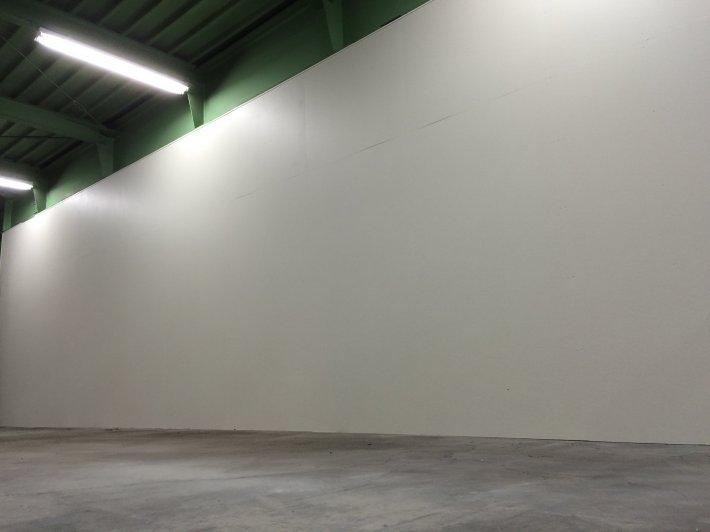 三芳第二センター 壁設営工事  物流管理のティービーエス